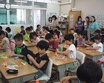 新座市小学校での講義の様子